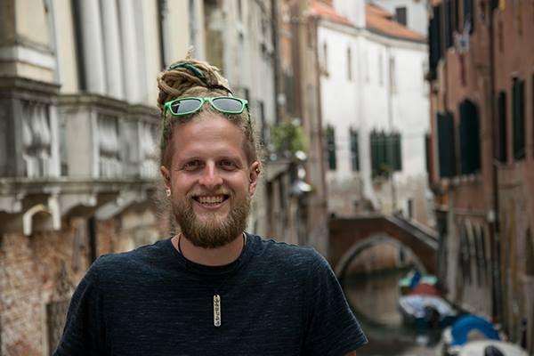 Camper Nomads Portraits | Marcus Breitfeld