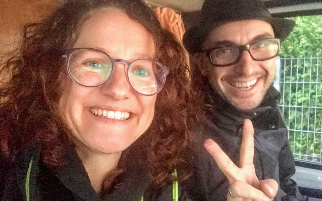 Marco & Peggy von Geldhelden – Aussteiger mit Humor