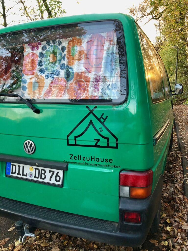 Nina von ZeltzuHause - Campen auf Privatgrundstücken